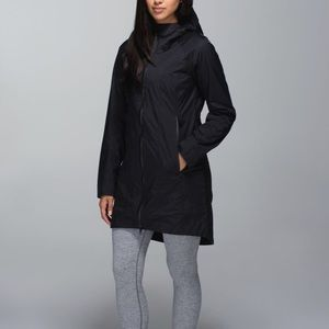 Lululemon Right As Rain \\ Rain Coat